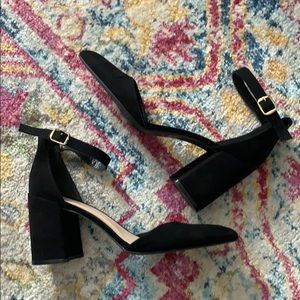 Qupid black strappy block heel